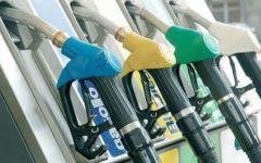 Carburanti, con le feste scattano gli aumenti