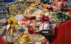 Firenze, meno della metà delle tredicesime andate nei regali di Natale