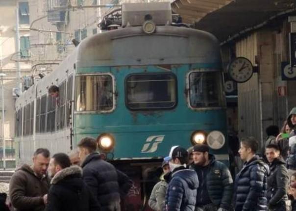 Forconi bloccano la stazione di Pisa