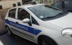 Sbatte contro un'auto, scooterista morto a Rignano