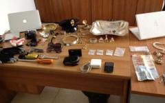 La Polizia recupera il bottino di un colpo natalizio in appartamento