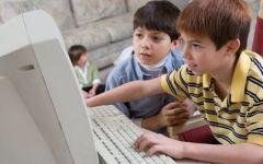 Il Corecom propone l'ora di prevenzione informatica nelle scuole