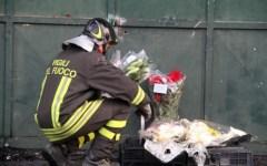 La strage in fabbrica, lutto cittadino a Prato