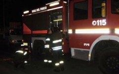Firenze, misterioso incendio nella notte in un bar