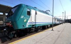 Grosseto: cadavere sui binari. Treni bloccati per due ore fra Gavorrano e Scarlino