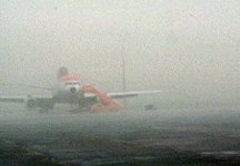 Voli dirottati per nebbia su Firenze