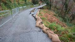 Allagamenti e frane in Toscana, danni a strade e agricoltura