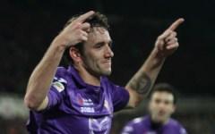 Fiorentina batte il Livorno (1-0) ma tanta paura per Rossi