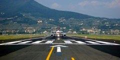 La pista dell'aeroporto Vespucci a Firenze