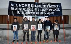 Protestano al consolato i parenti dei cinesi morti a Prato