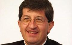 Firenze, alluvione: il Cardinal Betori, allora angelo del fango, il mio primo pastorale fu un badile