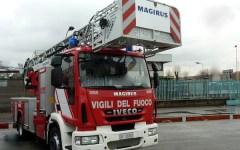 Firenze: vuole gettarsi nel vuoto, salvato dai pompieri