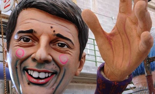 Renzi al Carnevale Viareggio 2013