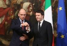 Enrico Letta impassibile con Matteo Renzi
