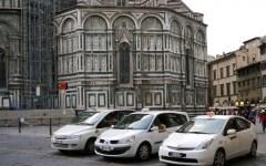 Firenze, vertenza taxi: la Cgil si spacca