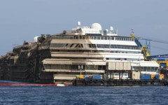 Concordia, un rebus. Costa vuole portarla a Genova, la Regione Toscana insiste: Piombino