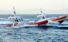 Isola d'Elba: affonda un peschereccio, salvati tre uomini in mare