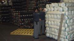 Tessuti illegali dalla Cina, maxi evasione fiscale