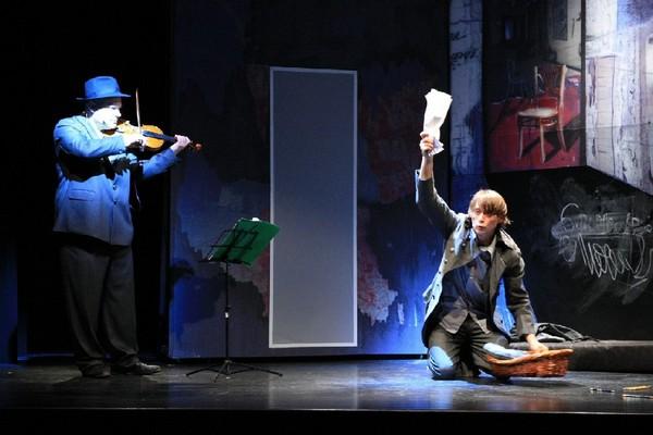 Alexander Balanescu e Marius Manole in «Diario di un pazzo»