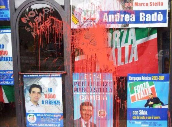 Scritte e vernice sul comitato elettorale di Forza Italia in via De Sanctis (foto dalla pagina Facebook di Marco Stella)