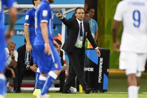 Cesare Prandelli ha praticamente deciso la formazione anti Costa Rica