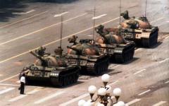 Cina, 25 anni dopo il massacro di Tienanmen: oscurato Google, Pechino blindata