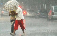Toscana, allerta meteo: forti temporali, vento e grandinate per domenica 14 giugno