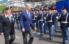 Il capo della polizia Alessandro Pansa (a destra) al 6° Raduno Anps