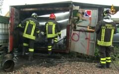 Borgo San Lorenzo: esplodono cinque bombole a gas, vigili del fuoco salvi per miracolo