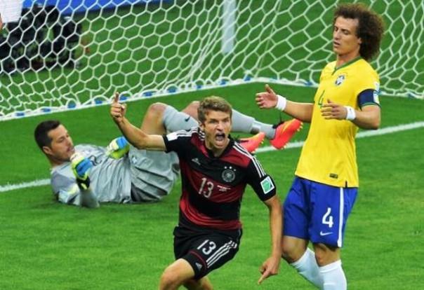 L'esultanza di Thomas Muller dopo il suo gol