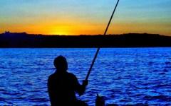 Toscana, pesca: la tassa regionale si può pagare on line, da casa