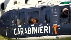 Carabinieri cinofili su elicottero
