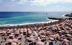 Meteo Toscana, week end da mare: caldo con temperature di 35-36 gradi fino a mercoledì. Poi arriva l'autunno