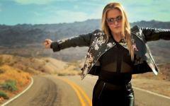 Firenze, salta il concerto di Anastacia all'Obihall: forte attacco di laringite per la pop star