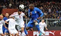 Il colpo di testa di Stefano Osaka che ha portato al gol dell'Italia