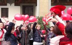 Firenze, giornata contro la violenza sulle donne: dibattiti, flash mob e una mostra. Per non abbassare la guardia