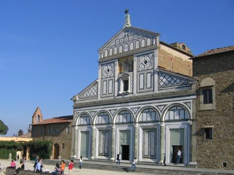 La chiesa di San Miniato al Monte, sopra Piazzale Michelangelo
