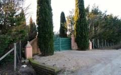 Grosseto: ladri nella villa di Pino Daniele durante i funerali a Napoli