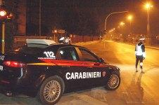 Carabinieri posto di blocco notte