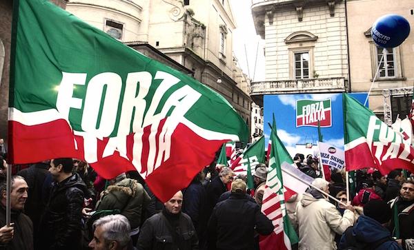 Centrodestra ricostruisce, ma in Forza Italia scoppia il caso Zamparese
