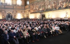 Firenze, San Valentino a Palazzo Vecchio: 1260 coppie festeggiano 50 anni di matrimonio