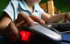 Siena, adescavano minorenni sul web. Due arresti e 11 denunciati per pedopornografia