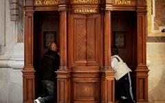 Inchiesta giornalistica del Qn sulle confessioni: duro intervento del segretario generale della Cei, monsignor Galantino