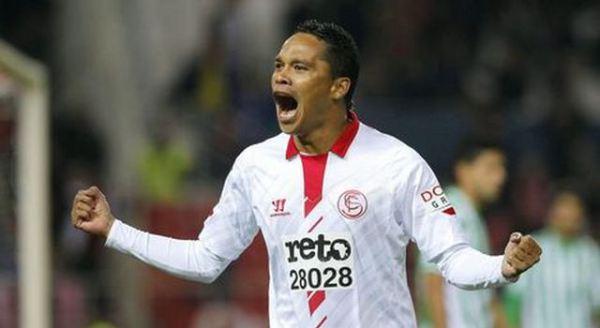 Carlos Bacca, colombiano del Siviglia: è conteso da Milan e Psg. E' quotato 18-20 milioni di euro