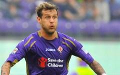 Fiorentina disastrosa. Si fa battere dal Cagliari (1-3) che non vinceva a Firenze da 43 anni. Europa a rischio. Pagelle
