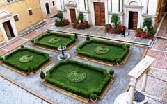 Ponte 1-3 maggio a Firenze e in Toscana: musei aperti (Uffizi gratis domenica), fiori, gelato festival. E l'expo dei motori
