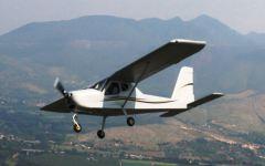 Pistoia, aereo ultraleggero in avaria: atterraggio d'emergenza