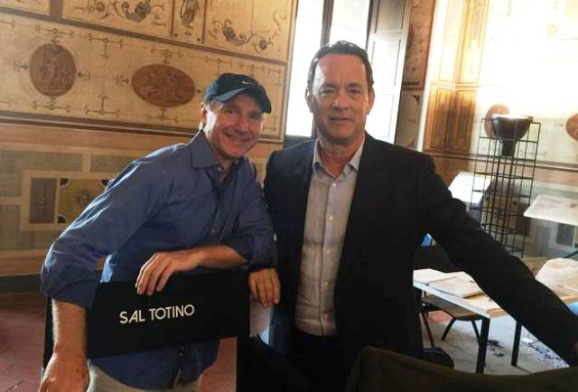 Firenze, per le riprese di Inferno, Tom Hanks (a destra) con Dan Brown
