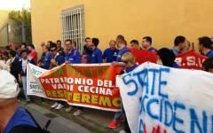 Volterra, Smith a rischio chiusura: operai in corteo a Pisa. Enrico Rossi: «La fabbrica può essere salvata»