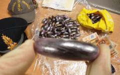 Firenze, 101 ovuli di hashish dentro un palloncino: arrestato spacciatore